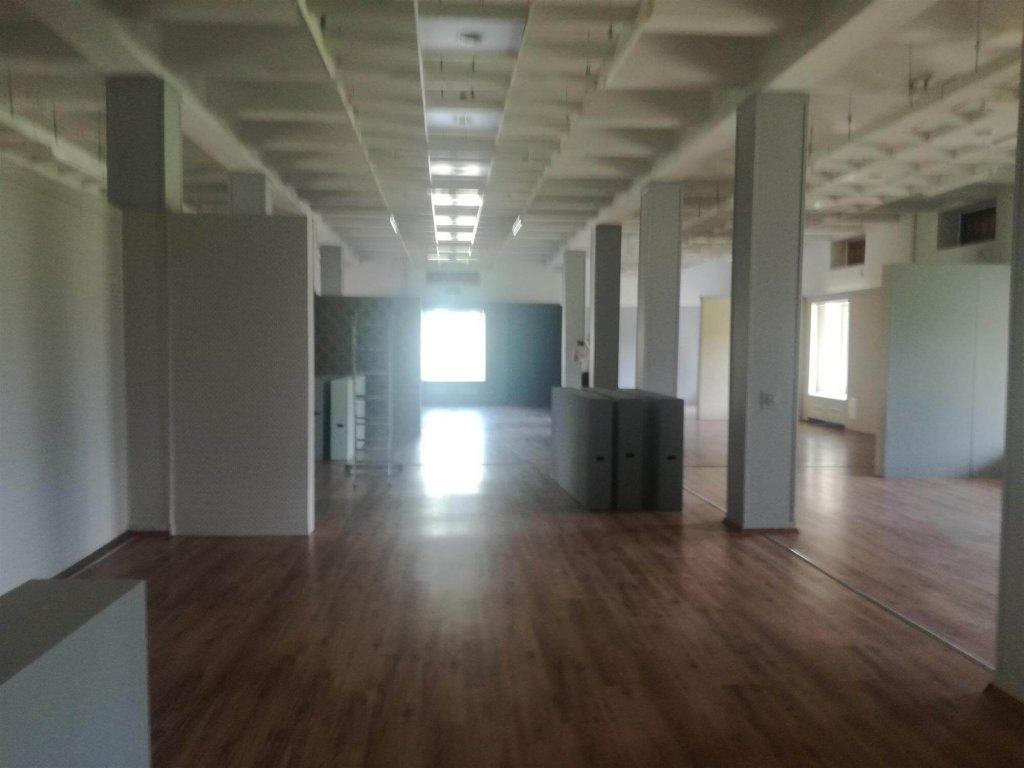 """LOKAL CH """"WOKULSKI""""  324 m2"""
